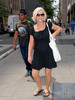 amy poehler and her baby bump in NYC