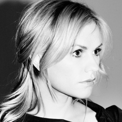 Anna Paquin is to die for!