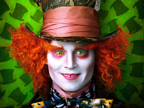 johnny depp – who's playing the mad hatter! popbytes over & out for now