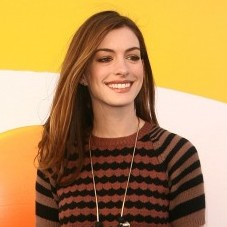 What the hell is Anne Hathaway wearing?!