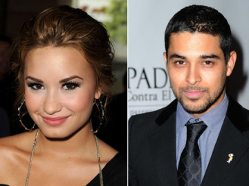 Demi Lovato and Fez are banging!