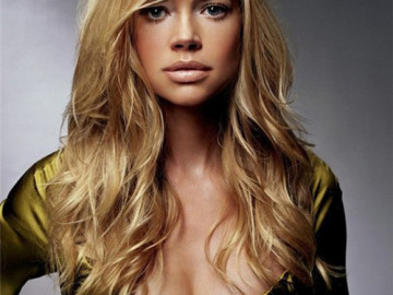Denise Richards wants to be a housewife too!