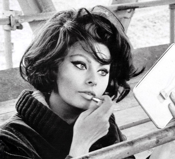 The legendary Sophia Loren honored in Hollywood!