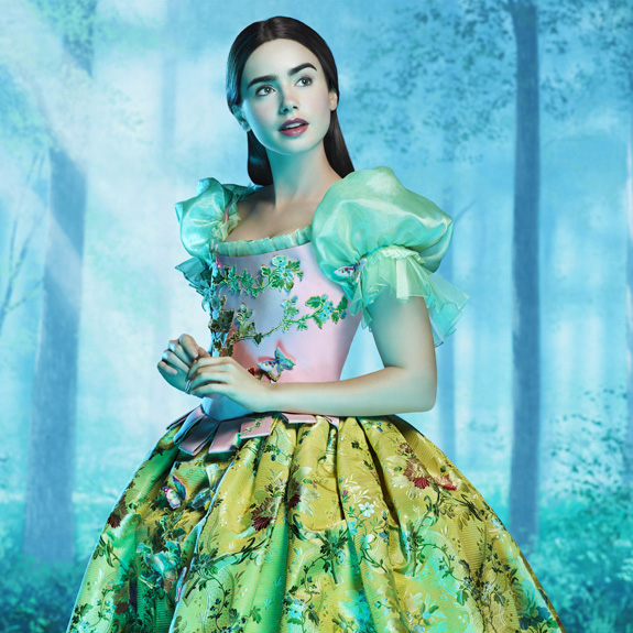 Lilly Collins - Snow White