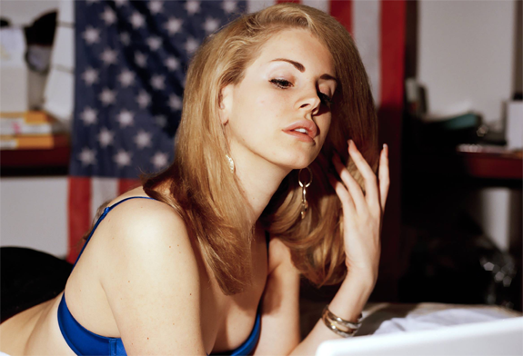 Watch: Lana Del Rey's 'Blue Jeans'