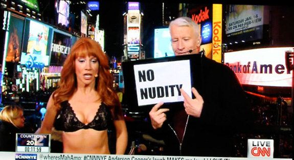 Kathy Griffin stripped on live TV!