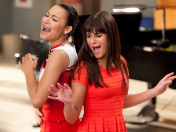 'Glee' honors Whitney Houston tonight!