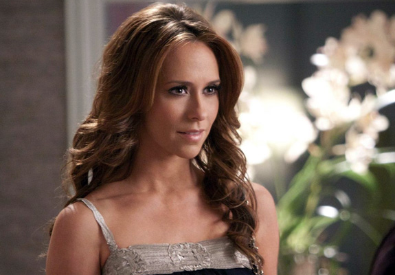 Jennifer Love Hewitt wants Adam Levine!