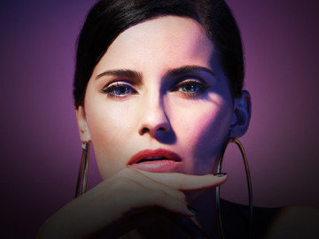 Nelly Furtado's 'Big Hoops (Bigger The Better)' video!