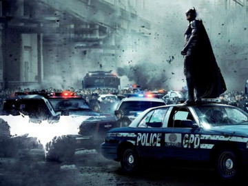 Drama over early reviews of 'The Dark Knight Rises'