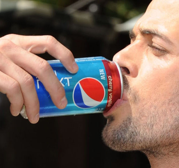 William Levy drinks a Pepsi … you're welcome!