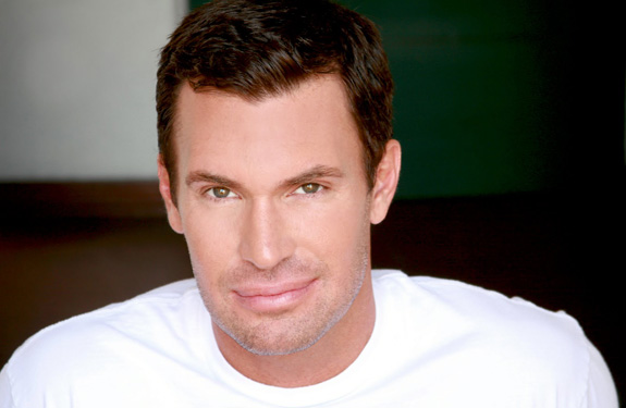 Jeff Lewis flips out on GLAAD!