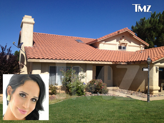 Octomom's porn money got her a house!