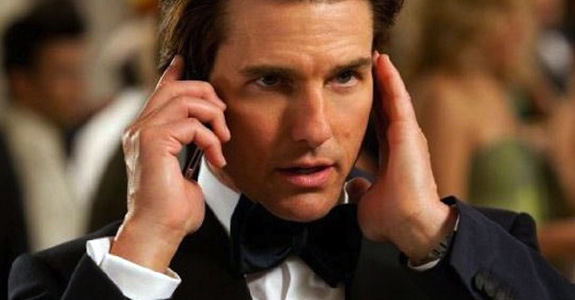 Tom Cruise: Spanked by a drag queen at Matt Damon's b-day party?