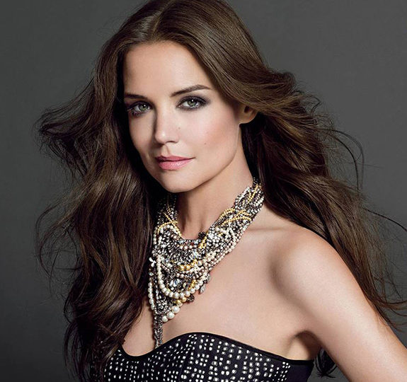 Independence works for Katie Holmes