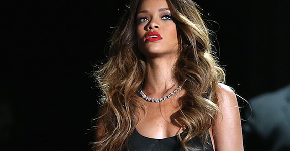 Rihanna got attacked by a fan over Chris Brown?