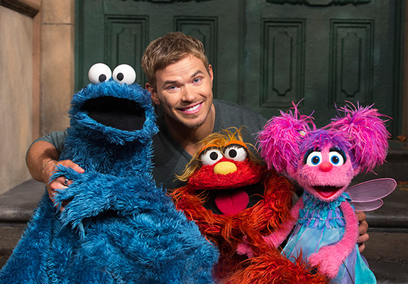 Kellan Lutz teaches us about the word … vibrate!