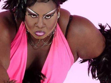 Latrice Royale brings the 5 G's to 'Ring My Bell'