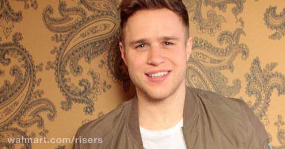 Watch Olly Murs' intimate Walmart Risers performance