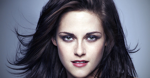 Kristen Stewart got pranked by the paparazzi
