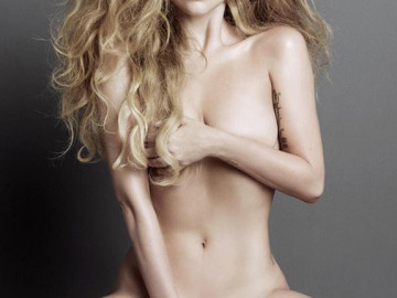Lady Gaga goes naked for V magazine!