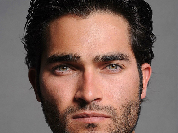 Tyler Hoechlin would make a gorgeous Batman!