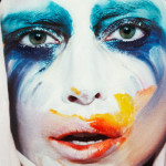 "Lady Gaga ""Applause"" Music Video"