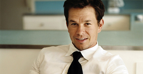 Mark Wahlberg to Bieber: Pull up your pants, stoner