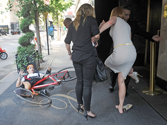 Nicole Kidman got mowed down by a bike