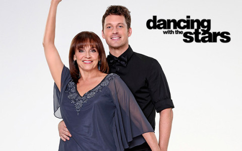 Valerie Harper and Tristan MacManus   Dancing with the Stars