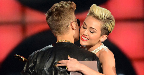 Oh joy, Miley Cyrus is mentoring Justin Bieber