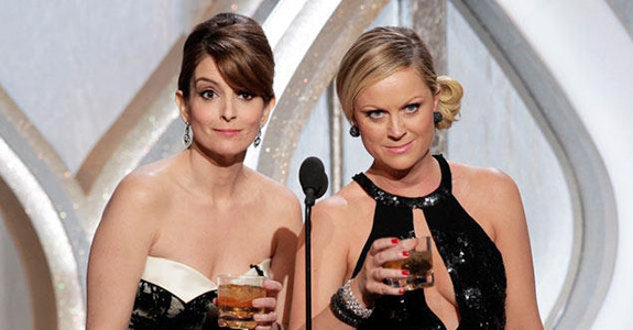 Tina Fey & Amy Poehler: Hosting the Globes again!