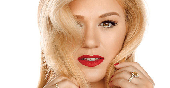 Giveaway: Kelly Clarkson's 'Wrapped In Red'