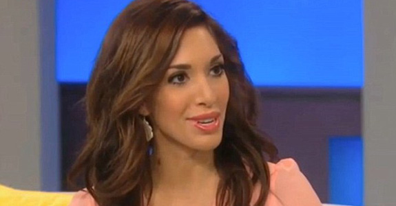 Farrah Abraham is working in a stripclub as 'research'