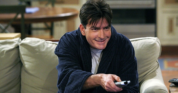 Charlie Sheen loves / hates Ashton Kutcher!