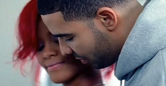 Drake & Rihanna performed together … so they're dating?