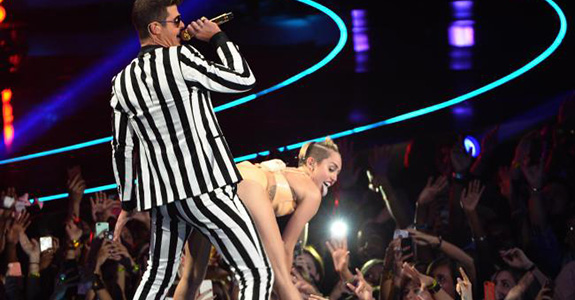 Robin Thicke and Paula Patton split because of Miley Cyrus?