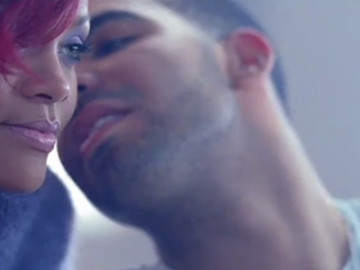 OMG, you guys, Drake and Rihanna were holding hands!