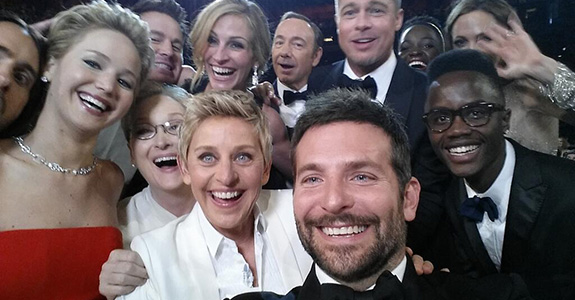 Ellen's star-studded Oscars selfie broke the Internet!