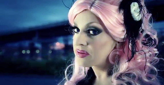 "Pandora Boxx releases her new song + video … ""Different!"""