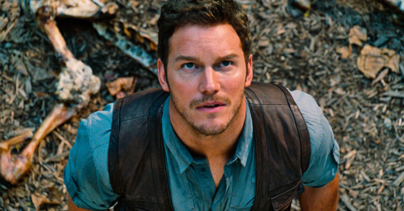 Trailer: 'Jurassic World' with cutie Chris Pratt!