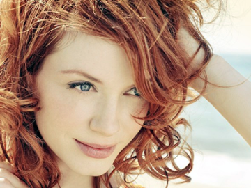 Christina Hendricks cast in Showtime's 'Roadies'